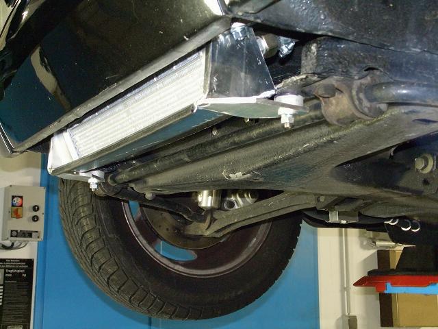 1303 Cabrio Ölkuehlerinstallation