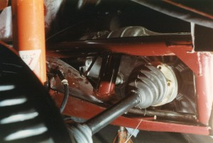 Porsche Getriebe mit Rahmengabelabstützung