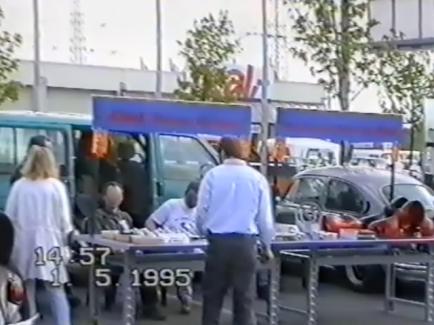 1. Mai 1995, Stand mit Brezel und Jubi