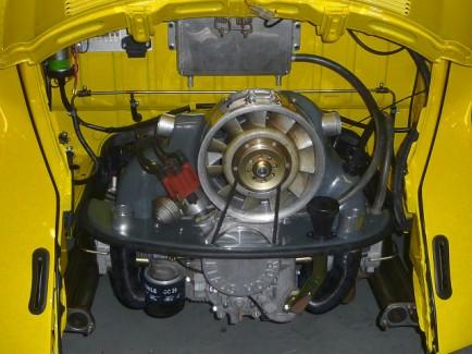 Verlegung der Benzinleitung im Motorraum